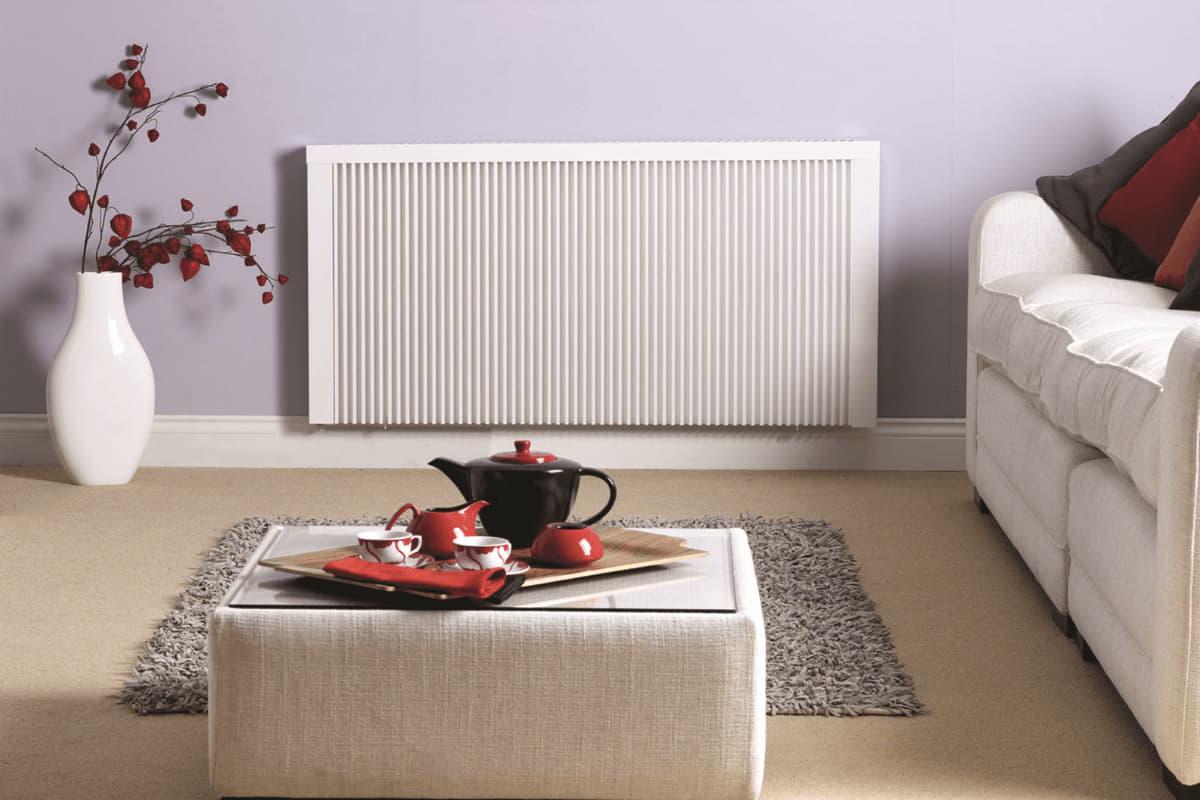 Flächenspeicher-Heizung im Frostschutzmodus. TT-KS DSM im Wohnzimmer