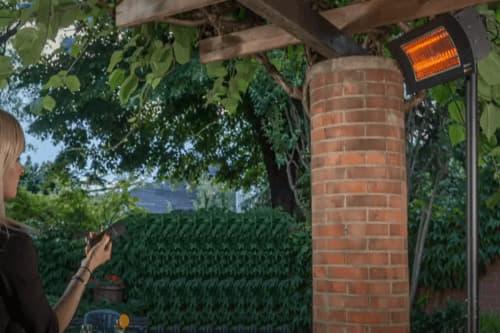 Desion TS auf Terrasse Elektroheizung Terrassenstrahler